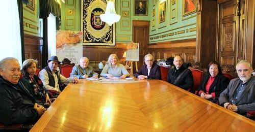 Firmado el convenio para el VIII Certamen Internacional de Pintura Ramón Portillo.jpg