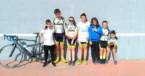 La cantera del ciclismo sexitano en ruta por Trebujena