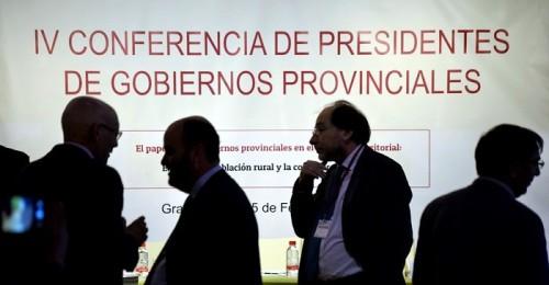 Las diputaciones exigen en Granada más recursos y mejor financiación para prestar servicios públicos de calidad.jpg