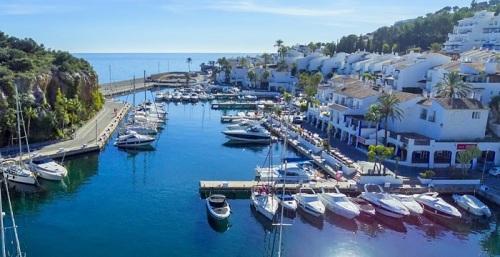 Puerto deportivo de Marina del Este en Almuñécar