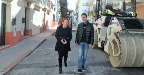 Un plan de asfaltado renovará el pavimento de numerosas calles de la zona Norte y centro de Salobreña.jpg