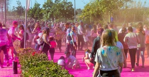 Unas 4.000 personas en la 'III Colour Run Motril' en el Día de Andalucía.jpg