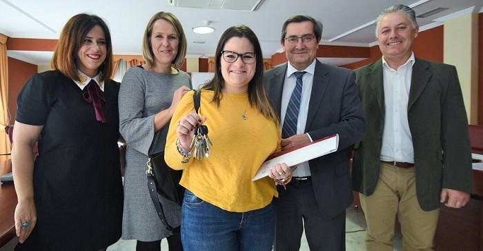 Visogsa entrega en Castell de Ferro 16 viviendas protegidas de alquiler con opción a compra.jpg