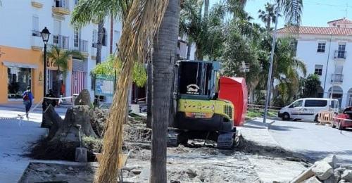 Comienza la remodelación de las isletas de la avenida García Lorca de Salobreña.jpg