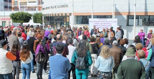 Concentración y huelga feminista en Salobreña