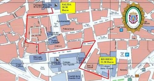 Cortes puntuales de tráfico en el centro de Motril con motivo del Vía Crucis Penitencial.jpg