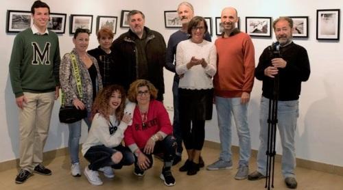 El Centro Cívico de La Herradura acogió la inauguración de la 'II Colectiva de Fotografía'.jpg