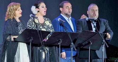 El 'Homenaje a Montserrat Caballé' puso un brillante broche de oro al Día de Andalucía en Motril