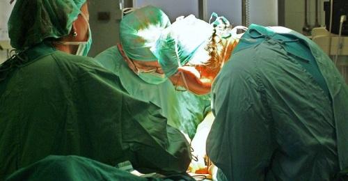 Granada realiza 11 trasplantes renales en los primeros meses del año
