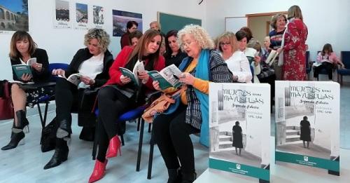 Igualdad presenta la II edición de la publicación 'Mujeres con Mayúsculas. Homenaje a Clara Campoamor'.jpg