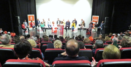 Carmen Calvo confía que María Eugenia Rufino siga siendo alcaldesa