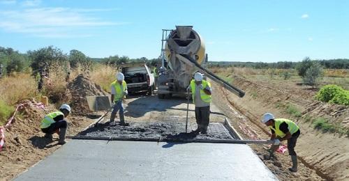 Cerca de 5 millones de euros para los caminos rurales de 69 municipios de la provincia de Granada.jpg