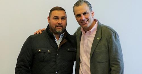 Miguel Ángel López Hernández con Javier Ortega Smith.jpg