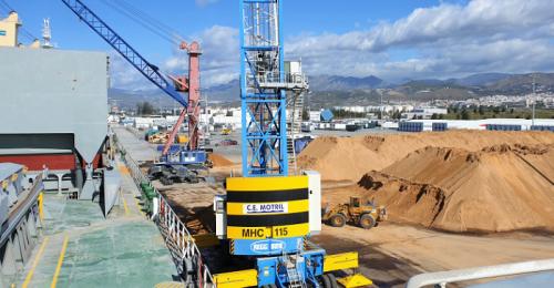 Nuevo récord del Puerto de Motril con la exportación de 43 toneladas de mineral