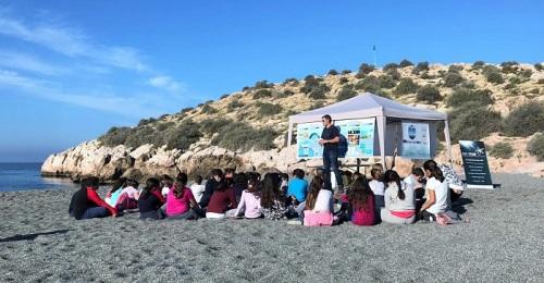 Un centenar de escolares participa en el proyecto 'Mimar Mi Mar' de Diputación.jpg
