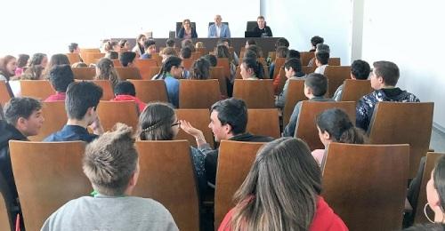 El IV Encuentro Comarcal de Mediadores Juveniles reúne a más de 150 estudiantes en el CDT de Motril.jpg