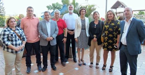 El PSOE defiende el trabajo conjunto con los agentes turísticos de la Costa para acabar con la estacionalidad en el sector.jpg