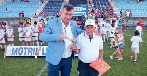 La EDM R. Madrid A gana la fina de la Liga Escolar de Fútbol 7 de Motril.jpg
