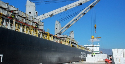 La pasta de papel representa casi el 10% de la mercancía general del Puerto de Motril.jpg