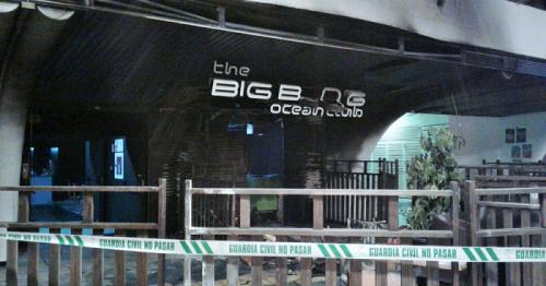 Los Bomberos sofocaron un incendio en el exterior de la discoteca Big Bamg en los Bajos del Altillo de Almuñécar.png