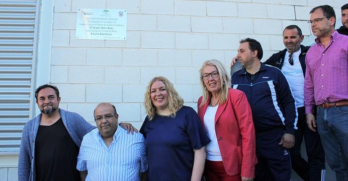 Motril dedica el pabellón polideportivo del estadio municipal de atletismo a Emilio Antúnez.jpg