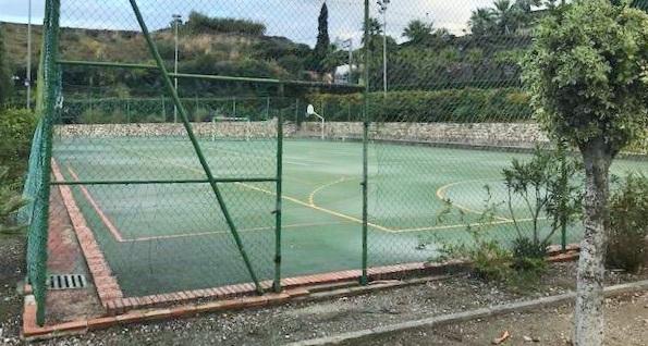 Rehabilitación del polideportivo de La Caleta.jpg