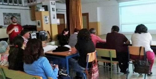 Taller sobre comunicación de Podemos Andalucía celebrado en Motril.jpg