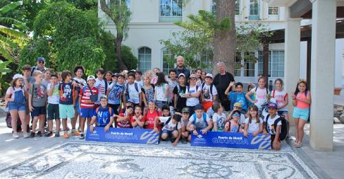 Cerca de 250 alumnos de colegios de la provincia han visitado el Puerto de Motril las tres últimas semanas.png