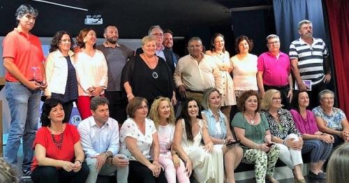 Foto de familia de la entrega de premios del V Concurso Araceli Morales.jpg