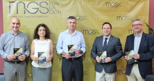 Fundación Miguel García Sánchez y Universidad de Almería se unen para formar agricultores.jpg
