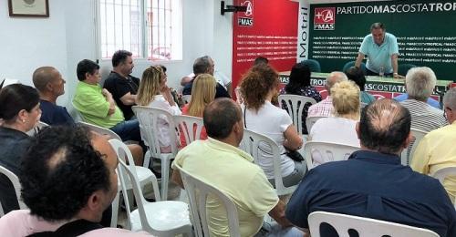 La Asamblea de Más Motril vota a favor del pacto con PP y Ciudadanos.jpg