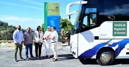La Junta reanuda el servicio de lanzadera para los usuarios de la playa de Cantarriján.jpg