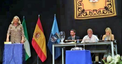 Trinidad Herrera durante su jura como alcaldesa de Almuñécar 15.06.2019.png