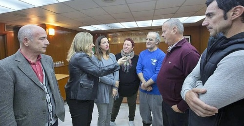 Comerciantes de Almuñécar expresan su pesar 'por sentirse engañados por Ciudadanos y su coordinadora local'.jpg
