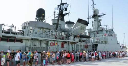 Corbeta Infanta Cristina en su visita al Puerto de Motril