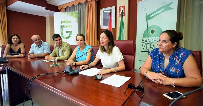 Cuatro municipios de la Costa Tropical lucharán por las Banderas Verdes de Ecovidrio.jpg