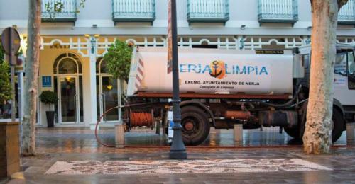 El Ayuntamiento de Nerja pone en marcha un plan de choque de limpieza.png