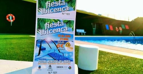 La piscina de Lobres acoge este viernes una 'Fiesta Ibicenca'.jpg