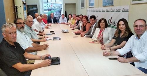 Los empresarios de la Costa Tropical piden compromisos firmes con una comarca que supera el 20% de paro.jpg