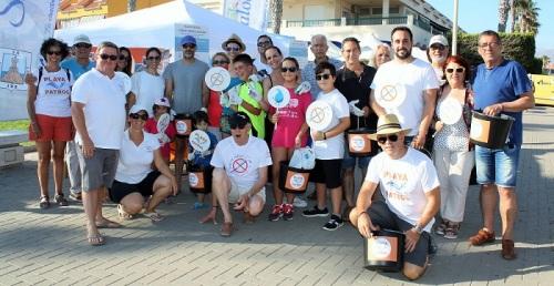 Playa Patrol reúne en Salobreña a decenas de voluntarios para la gran limpieza de playas del 22 de septiembre