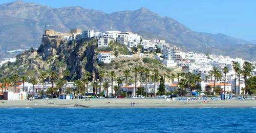 Vista de Salobreña desde el mar