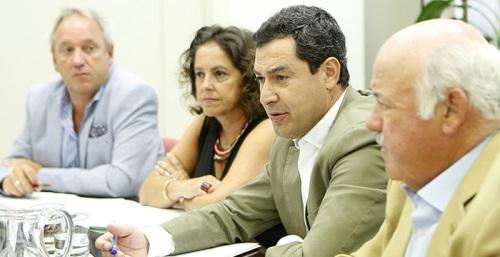 Juanma Moreno preside el comité de seguimiento por el brote de listeriosis.jpg