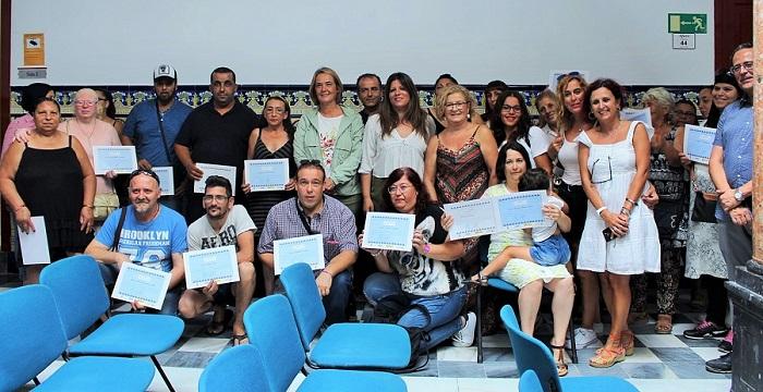 Motril entrega los diplomas a los alumnos del taller de 'Cocina Saludable'
