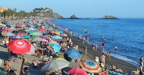 Playa de San Cristóbal en Almuñécar
