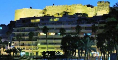 Castillo de San Miguel iluminado.jpg