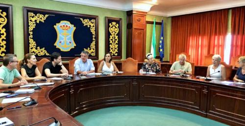El Ayuntamiento de Nerja refuerza las vías de colaboración con los residentes extranjeros.png