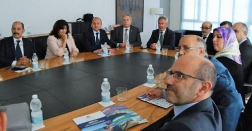 El Puerto defiende ante instituciones y empresarios de la región de Fez su posición estratégica para la logística