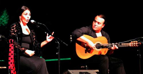 Emotivo homenaje a Manuel Rodríguez 'El Ruso' en la VIII Velada Flamenca de La Herradura
