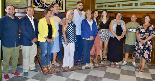 García Chamorro reconoce el trabajo de Lorenzo Hernández y muestra su apoyo ante futuros proyectos.png