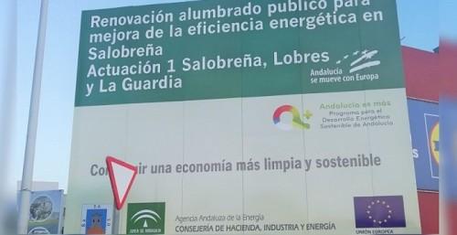 La primera fase del cambio del alumbrado público de Salobreña por otro más eficiente avanza a buen ritmo.jpg
